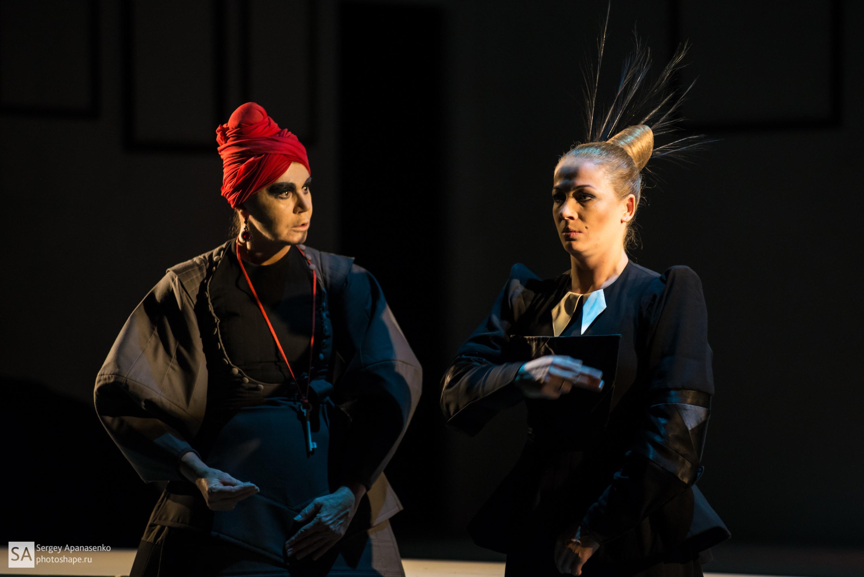 2019 год - Почему Ника Балина не сняла пальто на церемонии открытия Московского Кинофестиваля? DIWIS